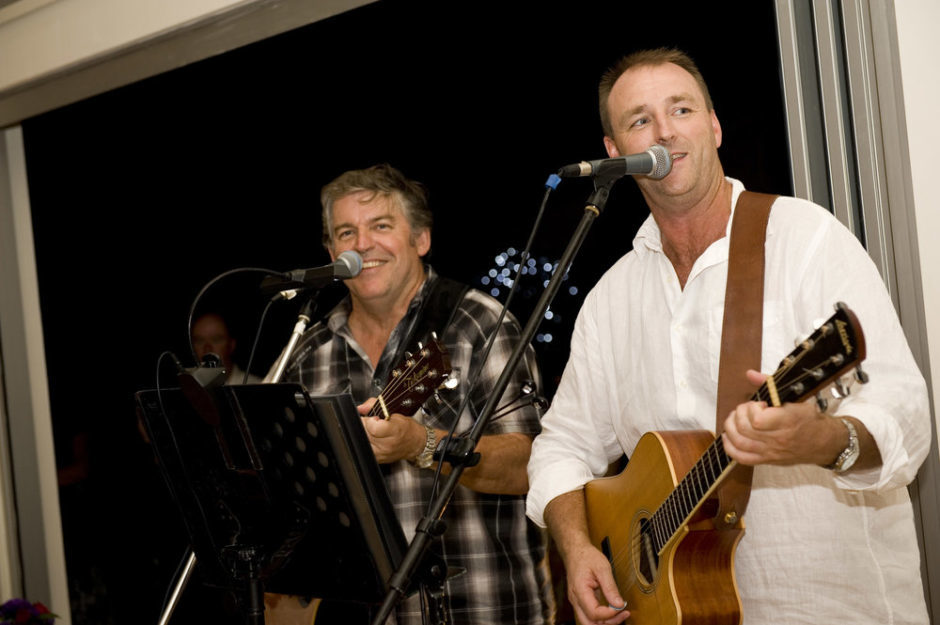 Cruisey Live Music to wind up the Week